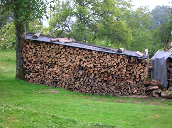 french log pile